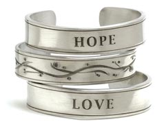 From Jam Designs Inc. (asi/62980), the 500-122 style bangle is made from hand-polished pewter.