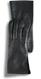 From Beardmore Leathers (asi/39275), style MG701 lamb leather gloves have a micro-fleece lining.